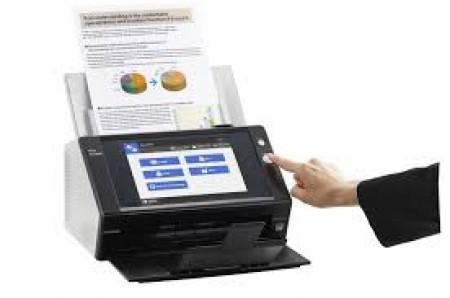 Fujitsu N7100 ima brzinu od 25 stranica po minuti i ulagač u koji staje 50 listova